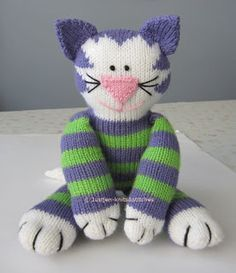 OMG, is this kitty cute or what?!! Justjen-knits&stitches: Share Kitty - Knitted Cat Pattern