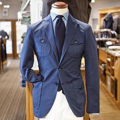 10 fantastiche immagini su Vestiti eleganti da uomo  a3777fdf704