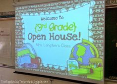 House with a few FREEBIES Open House presentation FREEBIE- perfect for back to school night, or meet the teacher. You edit the slides.Open House presentation FREEBIE- perfect for back to school night, or meet the teacher. You edit the slides. Back To School Night, 1st Day Of School, Beginning Of The School Year, Starting School, School Starts, 3rd Grade Classroom, School Classroom, Classroom Ideas, Classroom Organization