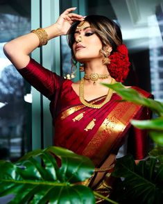 hairstyle on saree wedding - hairstyle on saree wedding _ hairstyle on saree wedding hair _ hairstyle on saree wedding indian bridal Indian Bridal Outfits, Indian Bridal Fashion, Indian Bridal Makeup, Bridal Sarees South Indian, Indian Sarees, Indian Dresses, Saree Hairstyles, Indian Hairstyles, Bride Hairstyles