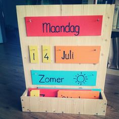 Kalender voor in de klas met dafen, datum en seizoenen Primary School, Pre School, Back To School, Classroom Organisation, School Organization, Kids Class, Kids Calendar, Montessori Materials, School Hacks