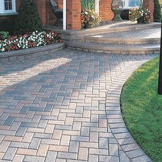 Image Gallery - Hardscapes Etc. - Knoxville and Sevierville Tennessee Terrasse entwirft Pflastersteine Stone Driveway, Brick Walkway, Driveway Ideas, Backyard Patio, Backyard Landscaping, Pergola Patio, Unilock Pavers, Paver Designs, Concrete Pavers