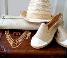 Perfect #accessories & #outfit for this #sunday   Never go wrong with #neutrals in the summer ☀️☺️ #shoplvkiki #lvk