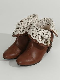 Leather & lace booties. Adorable.
