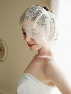 Wedding hairstyles with veil birdcages bridal headpieces ideas for 2019 Bohemian Wedding Dresses, Wedding Veils, Birdcage Wedding, Birdcage Veils, Wedding Rings, Veil Over Face, Face Veil, Wedding Hairstyles With Veil, Bridal Hairstyles