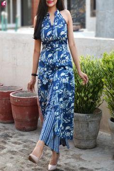 Buy Indigo Print Cotton Sleeveless Kurti Set Online in India Short Kurti Designs, Kurta Designs Women, Dress Neck Designs, Blouse Designs, Indigo Dress, Kurti Styles, Silk Kurti, Indigo Prints, Kurta Neck Design