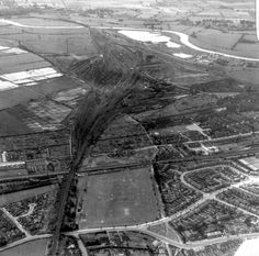 Colwick locomotive and goods yards, Nottingham, viewed from above Gedling. Nottingham Uk, Steam Railway, Local History, Train Station, Locomotive, Yards, Trains, Britain, 1960s