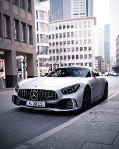 #Mercedes #AMG #GTR Lamborghini, Ferrari, Go Karts, Concrete Jungle, Suv Cars, Sport Cars, Benz Suv, Mercedes Amg Gt R, Beast