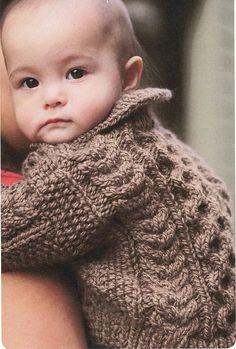 Ravelry: Little Bear pattern by Lisa Ellis Knitting For Kids, Baby Knitting Patterns, Baby Patterns, Hand Knitting, Toddler Sweater, Knit Baby Sweaters, Baby Knits, Cardigan Pattern, Baby Cardigan