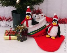 Love Red and Black with the Free Bird Team by Ginger Duckett on Etsy