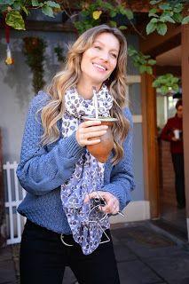 Gisele Bundchen drinking hot chimarrao. #celebrities #tea