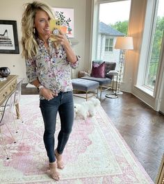 The easiest floral top for spring! It comes in other prints too!