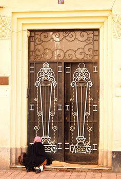Gate, Casablanca by colros, via Flickr  [per previous pinner]