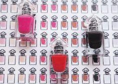 cee9f3db4d1b63 956 meilleures images du tableau Guerlain La Petite Robe Noire ...