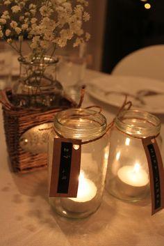 Fruens hverdag: Borddekking Tea Lights, Table Settings, Candles, Decorations, Velvet, Tea Light Candles, Table Top Decorations, Candy, Candle Sticks