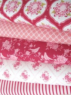 shades of pink - this would make the cutest quilt!