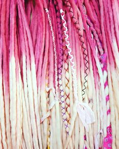 Ideas For Hair Extensions Synthetic Wool Dreads Faux Dreads, Synthetic Dreadlocks, Hippie Dreads, Hippie Hair, Dreads Styles For Women, Pink Dreads, Beautiful Dreadlocks, Beautiful Braids, Beautiful Beautiful