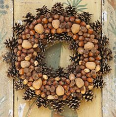 Beautiful Mother And Acorn Wreaths For A Natural Fall Decor autumn has come and we should welcome it with various cool decorations, under which a wreath is perh. Christmas Fair Ideas, Christmas Wreaths To Make, Holiday Wreaths, Autumn Wreaths, Pine Cone Decorations, Christmas Decorations, Natural Fall Decor, Acorn Wreath, Acorn Crafts