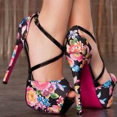 Really Cute! . . . . . . . . #fashion #fashiondiaries #fashionista #туфли…