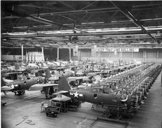 Assembling the P-47 Thunderbolt in Republic Aircraft *BFD*