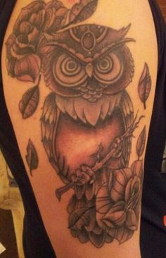 Owl tattoos - meaning 14 stunning examples, Owl tattoos can be a popular choice of tattoo design. Description from design.newtattoo.net. I searched for this on bing.com/images Owl Tattoo Meaning, Owl Tattoo Design, Tattoo Owl, Tattoo Designs, Blossom Tree Tattoo, Traditional Tattoo Design, Memorial Tattoos, Mom Tattoos, Tatoos