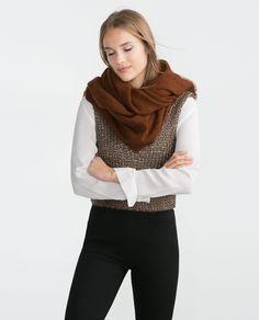 scarf // ZARA (160 kr.)