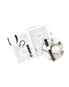 Lifestyle Photography   Natural Lighting   Women's Fashion   Women's Accessories   Women's Jewelry   Daily Flatlay   On The Table