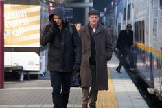 "Peter and Walter tracking the Loyalists : Fringe ""This Boy Must Live"" Images & Series Finale Description 