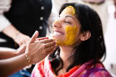 Turmeric or haldi is one of India's most widely used spices. It is also a part of Hindu rituals. One of the most important ceremonies of Hindu weddings is the haldi ceremony where a paste made of turmeric is applied to the bride and the groom's body and face to make their skin glowing for the wedding. Here are some benefits of turmeric that you can use to help with common beauty problems and get flawless looking skin.