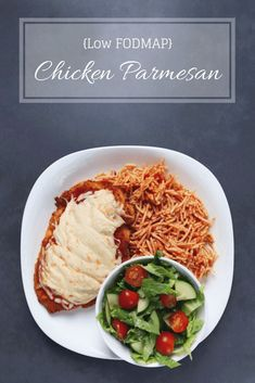 Looking for a FODMAP friendly dinner idea? Check out this low FODMAP chicken parmesan. Made with gluten-free breadcrumbs and baked in a low FODMAP marinara sauce, this kid-friendly recipe will make you feel like you have a night off from the elimination p Healthy Meals For Kids, Healthy Dinner Recipes, Diet Recipes, Vegetarian Recipes, Healthy Drinks, Pasta Recipes, Salad Recipes, Healthy Snacks, Fodmap Meal Plan