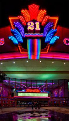 Edwards 21 Cinemas, The Shops at River Park, Fresno CA