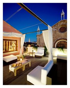 Terrace at BLOOM B in Venice, Italy