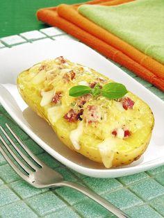 Deixe seu dia mais saboroso com a batata recheada gratinada! Faça essa receita em até uma hora e experimente essa delícia!