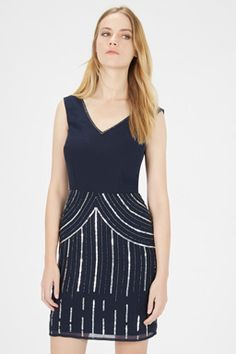 Warehouse creates clothes for the modern woman who truly lives the city. Going Out Dresses, Catwalk, Party Dress, Sequins, Beads, Clothes For Women, Womens Fashion, Outfits, Style