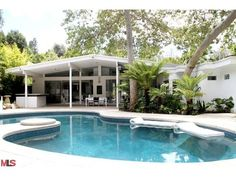 mid century house in brentwood