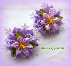 Discover thousands of images about Lilia Trushkova Diy Lace Ribbon Flowers, Cloth Flowers, Kanzashi Flowers, Ribbon Art, Satin Flowers, Diy Ribbon, Big Flowers, Fabric Ribbon, Ribbon Crafts