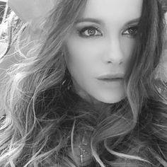 Underworld Vampire, Doe Eyes, Kate Beckinsale, Most Beautiful Women, Beautiful Actresses, In Hollywood, Bellisima, Face, Color