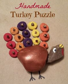 Handmade Turkey Puzzle {30 Days of Thanksgiving Activities for Kids }  ~  HowToHomeschoolMyChild.com ~ #30DaysOfGratitude
