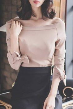 Elegant Off-The-Shoulder Bowknot Design Chiffon Blouse For Women