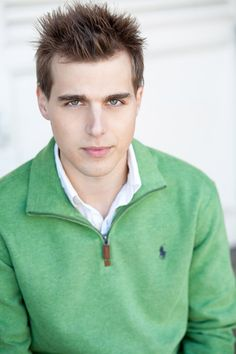 American actor and singer Cody Linley. Cody Linley, Hunter Parrish, Kendall Schmidt, Cute Celebrities, Look Alike, New Face, American Actors, Celebrity Crush, Character Inspiration