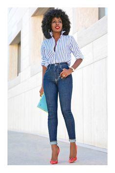 5 Tips para lucir sexy con tus jeans #TiZKKAmoda #blusa #rayas #jeans #denim #zapatillas #rojo #bolsa #verde #look #casual