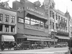 Amsterdam Café de Kroon en Heck's Lunchroom op het Rembrandtplein, 1936.