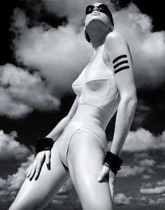 Albert Watson, Italian Vogue, Mauritius (1985)...