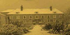 Fantasmas e Assombrações Ghost Hunters, vêem fantasmas rastejando ao longo da estrada Equipe de ghosthunters estão a regressar a uma mansão assombrada Lothians.#CMistériosBlog