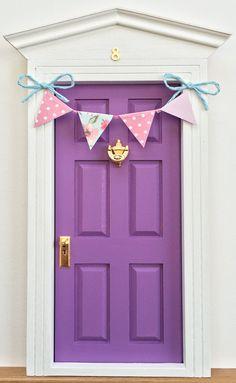 Tooth Fairy door by Lapicesdecolores on Etsy Tooth Fairy Doors, House Tweaking, Elf Door, Shabby Chic Mirror, Disney Rooms, Little Girl Rooms, Fairy Houses, Wooden Doors, Shadow Box