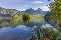 Schwyz Tourismus, Urschweiz, Ferien in der Zentralschweiz, Urlaub, Hotel, Tagesausflug, Seminar, Brauchtum, urtümliche Erlebniswelt, Seen und Berge - Schwyz (de) -