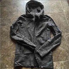 lululemon athletica Sweaters - LULULEMON jacket size 4