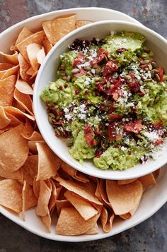 LOADED Guacamole with all the fixin's like bacon, roasted peppers and cheese from www.whatsgabycooking.com (@whatsgabycookin)