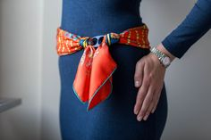Chemins de Corail, Annie Faivre, grail scarf, Hermes scarf, carre, knot, knotting, tutorial, hermes carre, Hermes Schal, эрмес, платок, карре, как красиво завязать платок, how to wear a scarf, Rolex, datejust