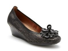 Large Size quality European Women's Shoes l Statuesque Girls - by Peter Sheppard Footwear